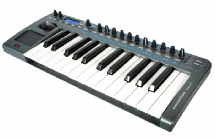 Novation XIO25